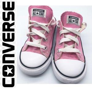Converse Pink Classic Sneaker sz 9 toddler